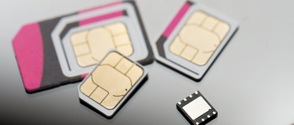 подключить eSIM от Мегафон или МТС