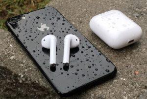 Можно ли носить airpods в дождь?